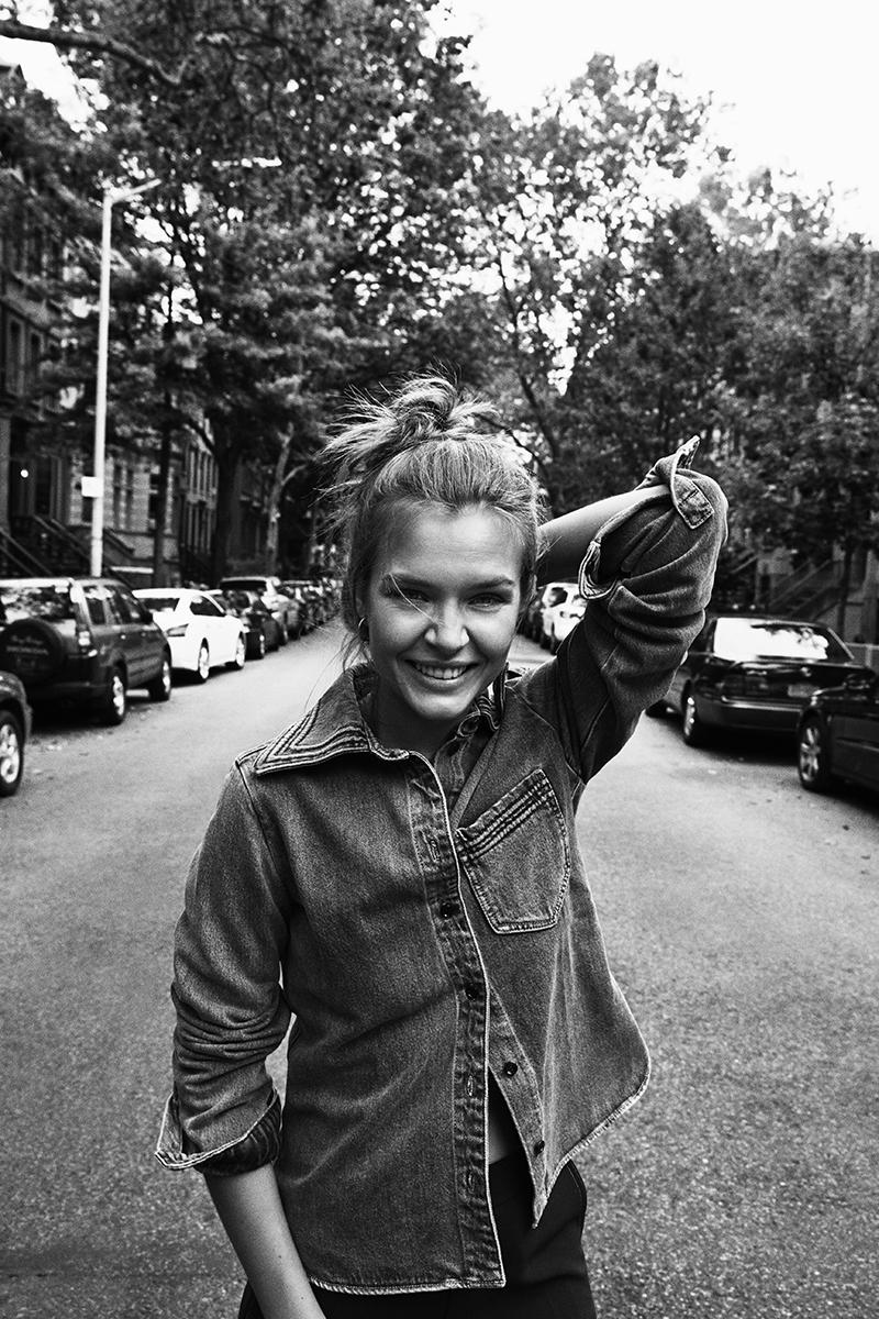 Josephine Skriver October 2016 – Eurowoman